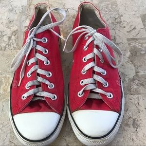 Converse red low top men's size 8